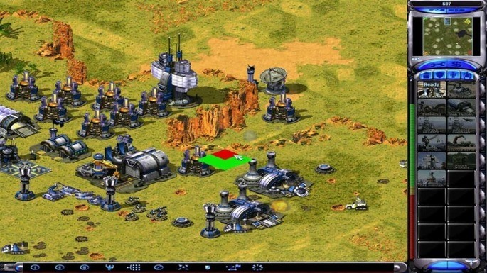 Command & Conquer Red Alert 2 Yuri's Revenge - Mejores juegos para PC